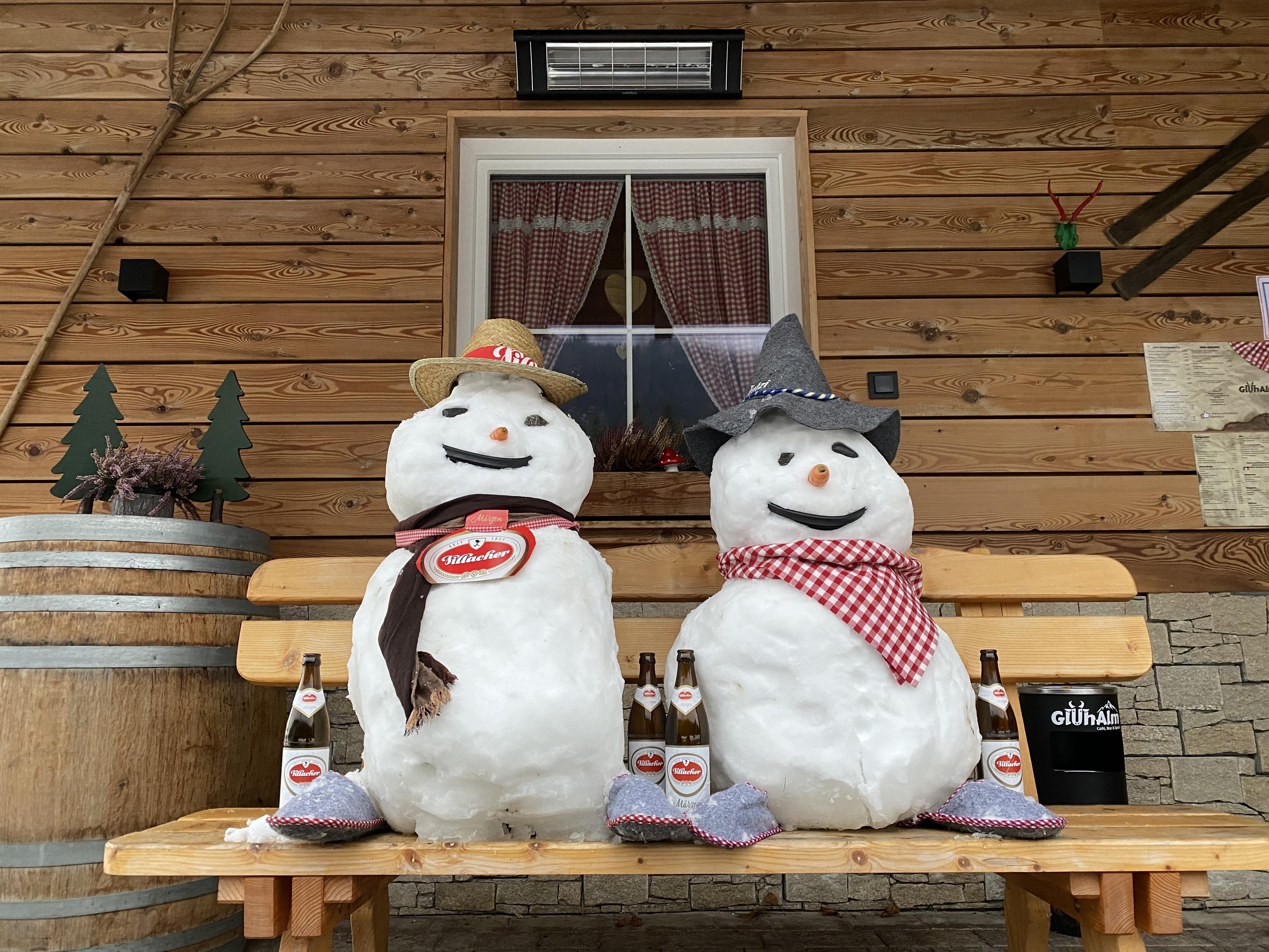 Schneebiermänner
