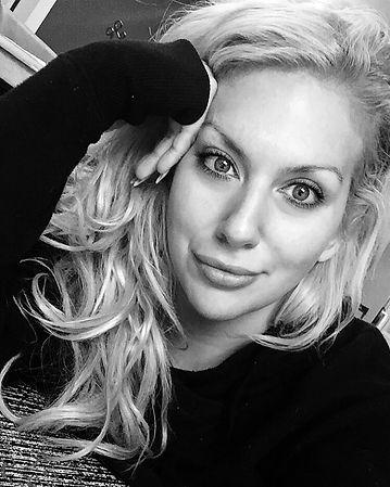 Artist: Blonde Velvet | Marisa