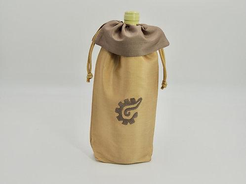k'al (Close) Silk Wine Bags, Gold/Bronze