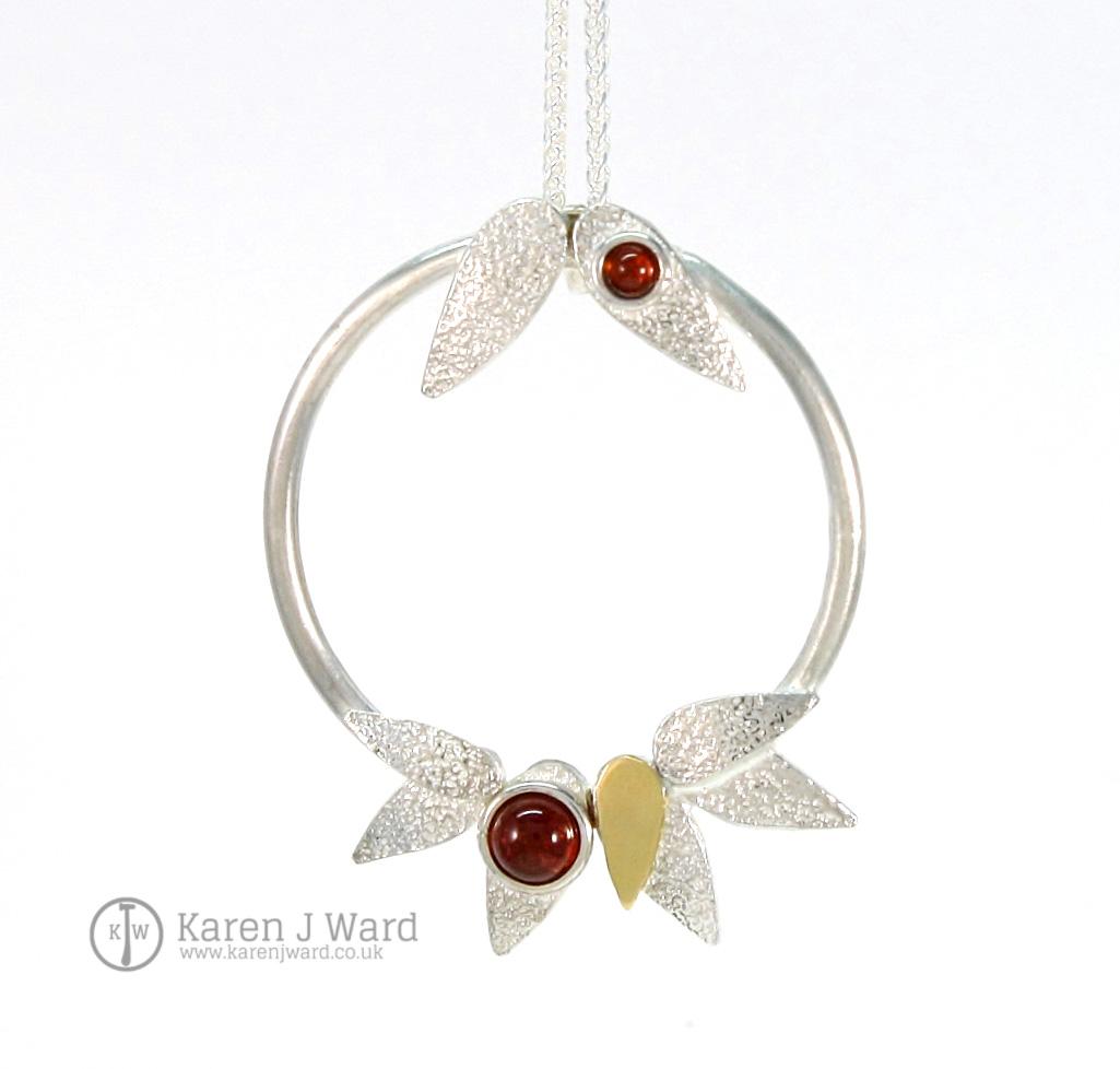 Garnet frost pendant