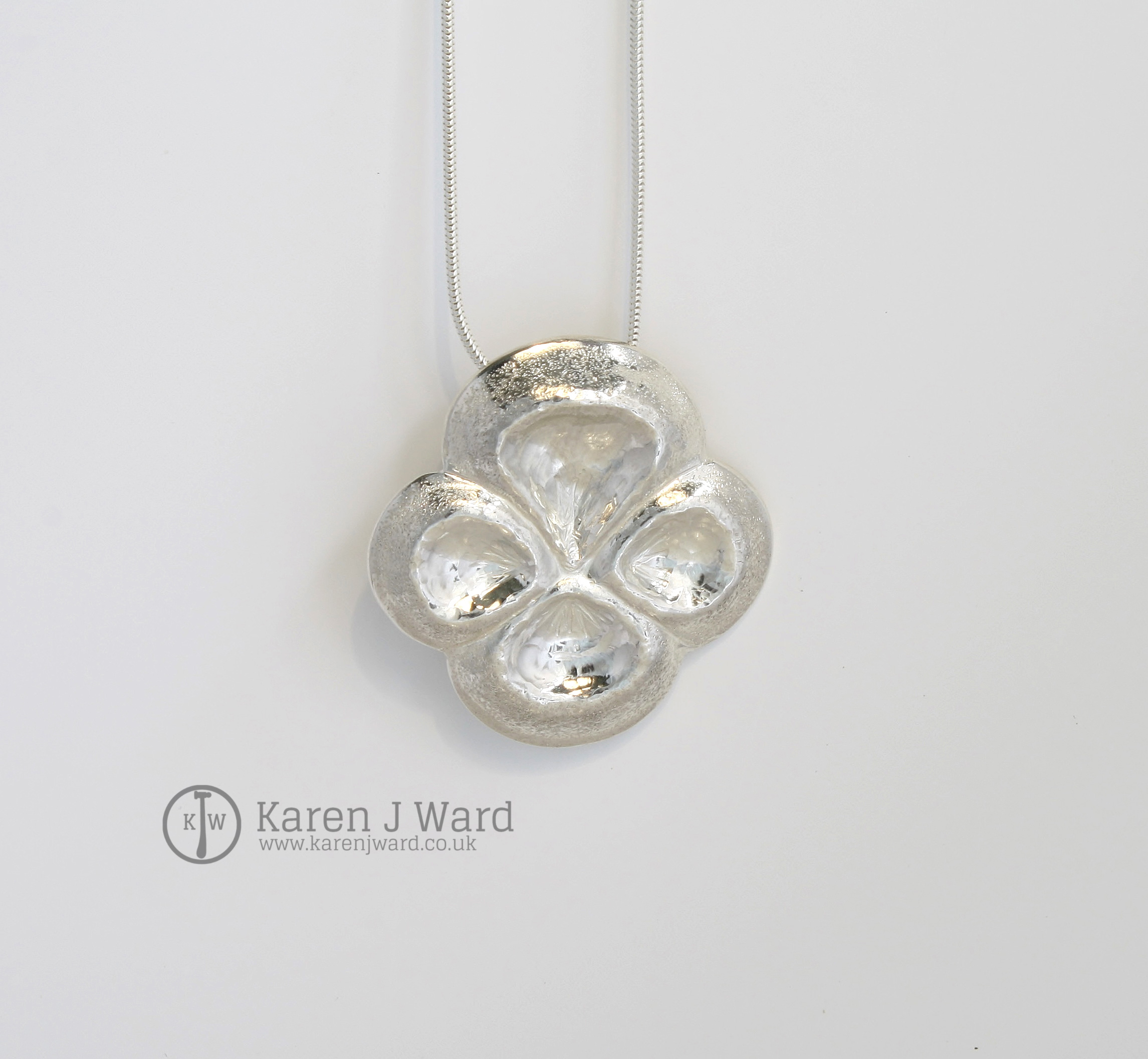 Pansy pendant