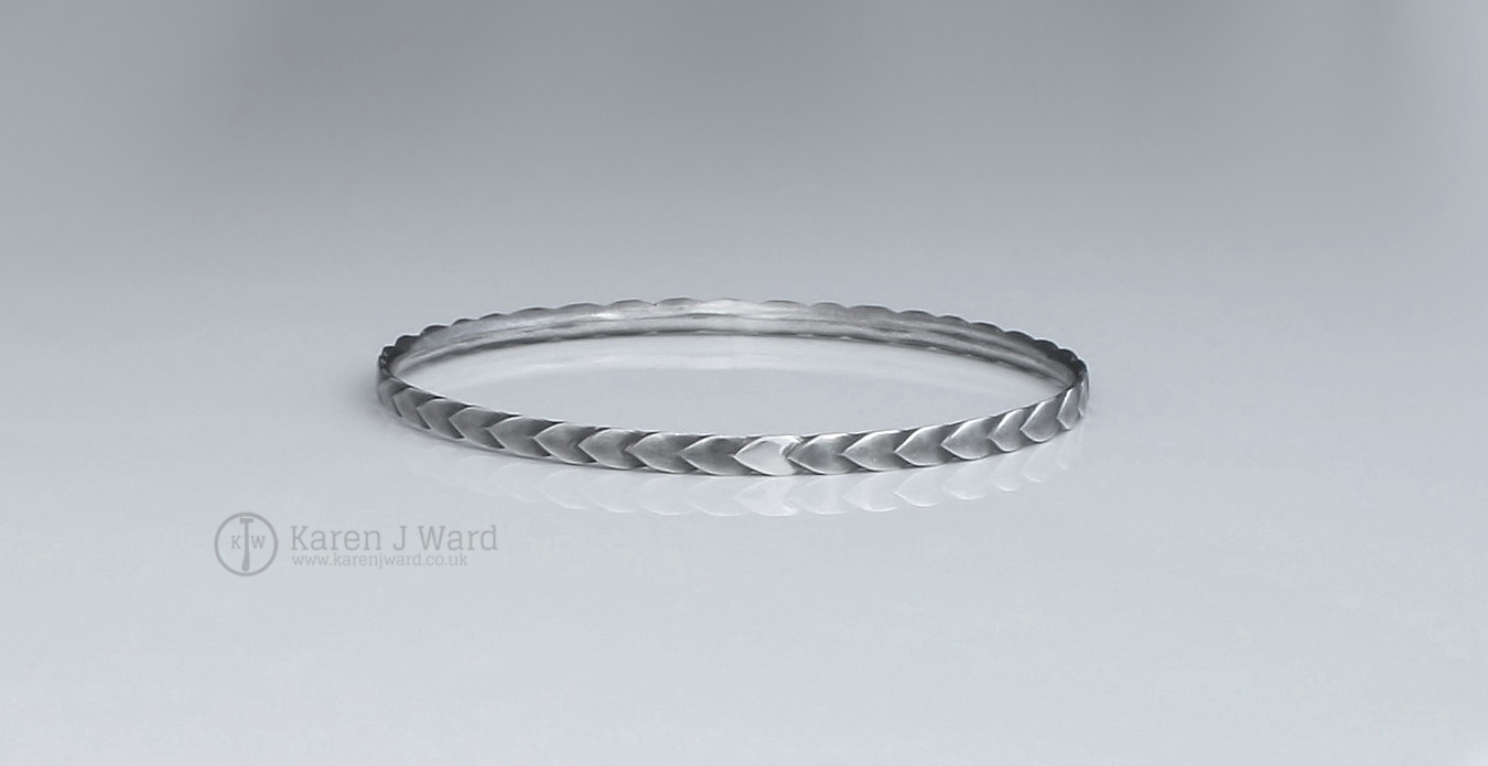 Dragonscale bangle