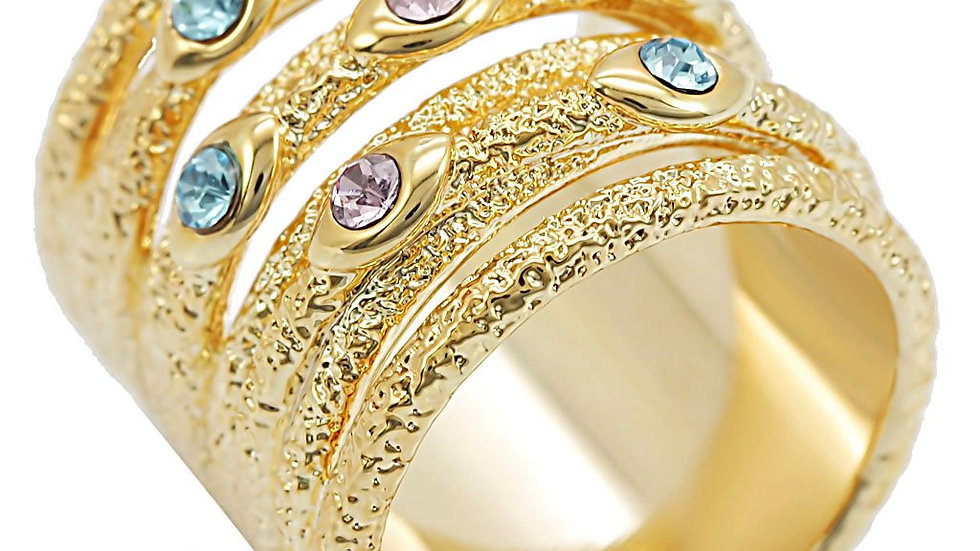 1W047 Gold Brass Ring with Top Grade Crystal in