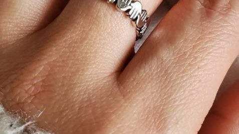 Hand of Fatima, Hamsa Ring