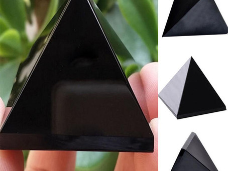 Obsidian crystal and its uses