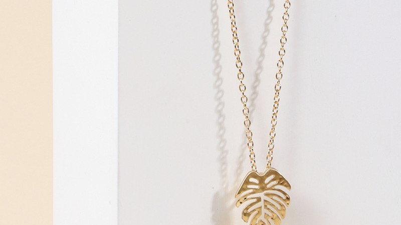 Leaf Metal Pendant Long Necklace
