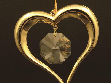 24K gold plated love heart with Swarovski crystal