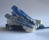 Kyanite crystal stone and it's abilities