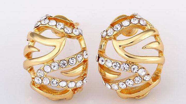 Isla Stud Earring in 18K Gold Plated