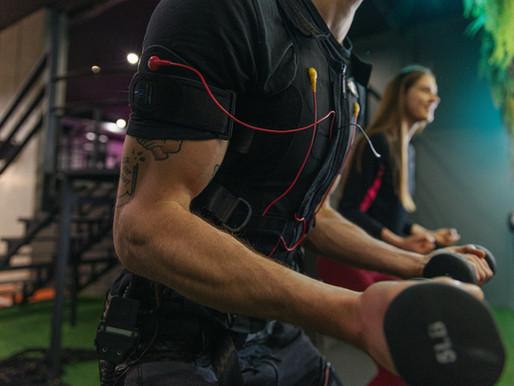 ЭМС и спортивное питание: стоить ли его принимать