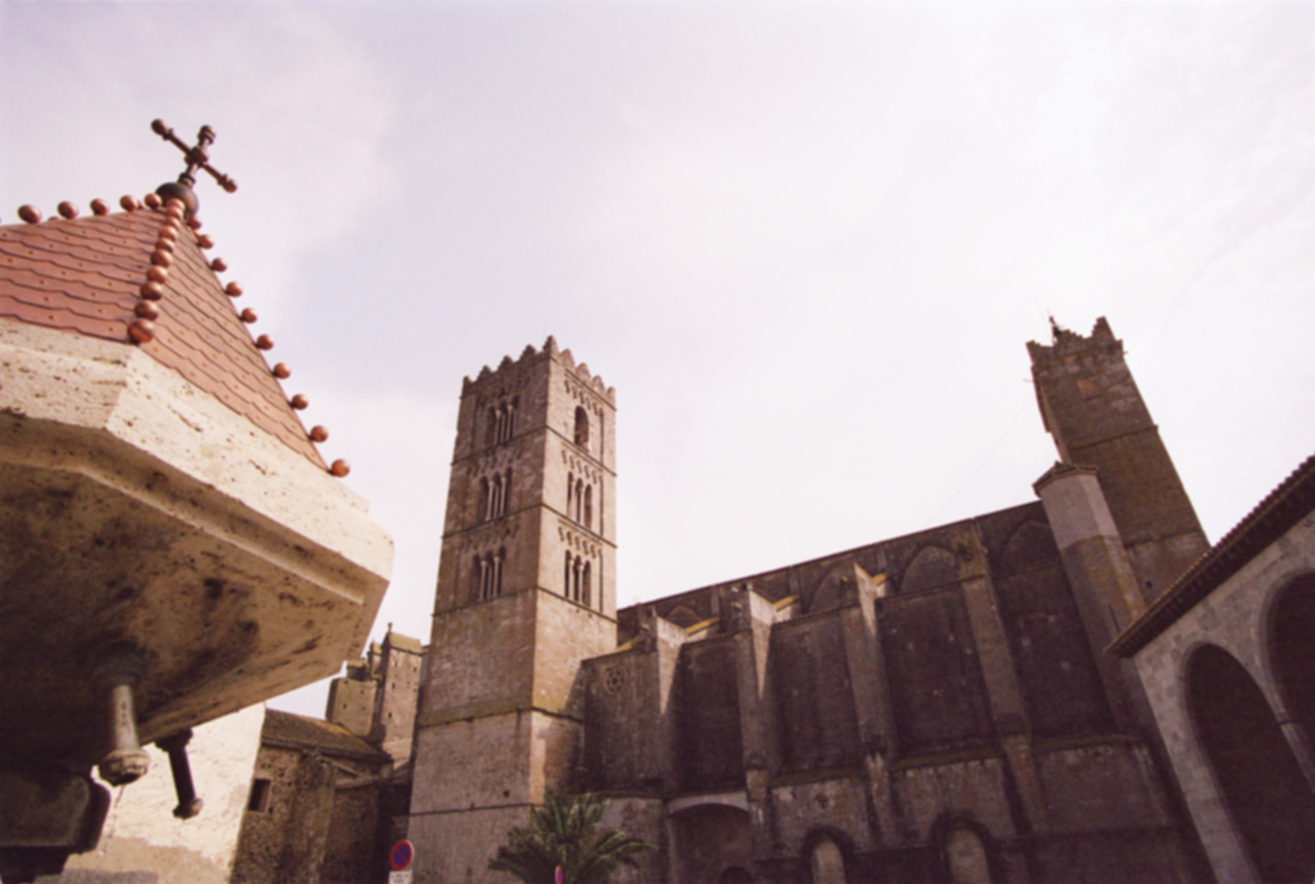 castelloempuries_8383512224_8383512224_B