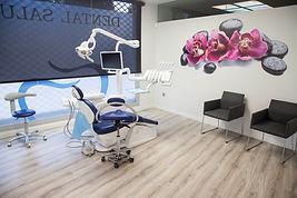 dental salut1.jpg