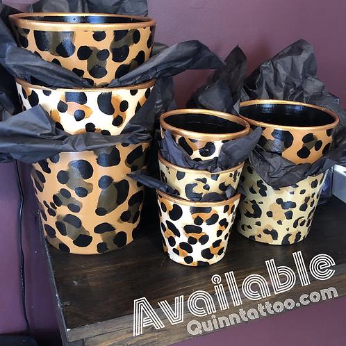 Cheetah pots