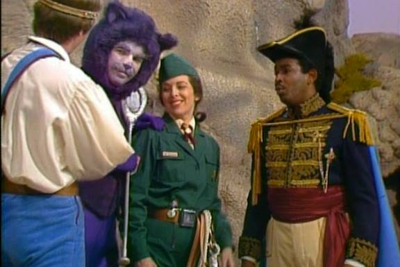 Played the PURPLE TWIRLING KITTY on the Mister Rogers' Neighborhood special SPOON MOUNTAIN!
