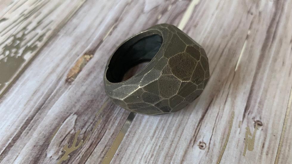 Rock Ring.