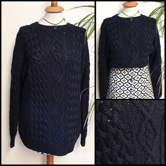 Vintage 90's Chunky Cable Knit Navy Jumper Size M