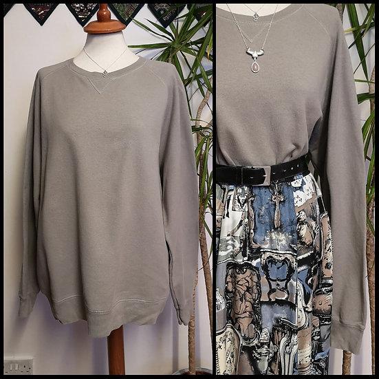 Vintage 90's Mushroom Grey Plain Sweatshirt Unisex Size L/XL