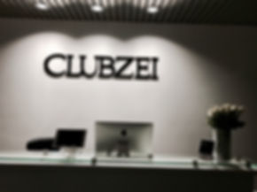 ClubZEI Montebello Fron Desk