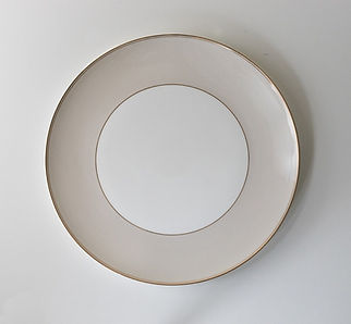 taupe charger plate