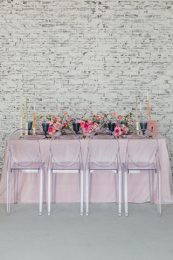 Pink table setting idea