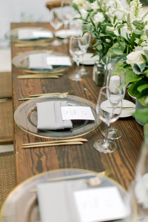 Classic wood table for wedding