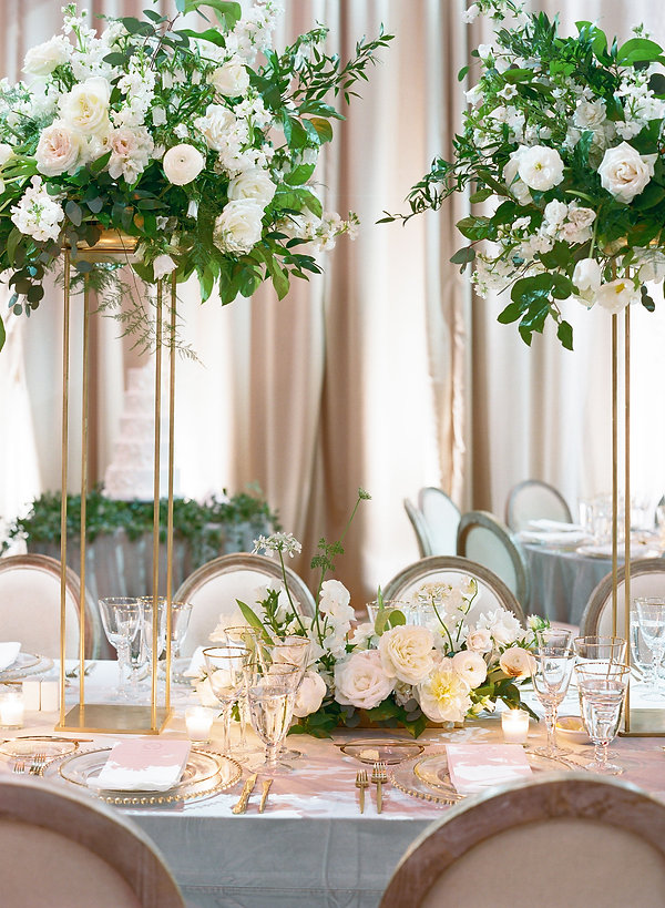 Refreshing table setting with White and Gold colors