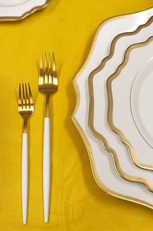 White and Gold dinnerware for thanksgiving