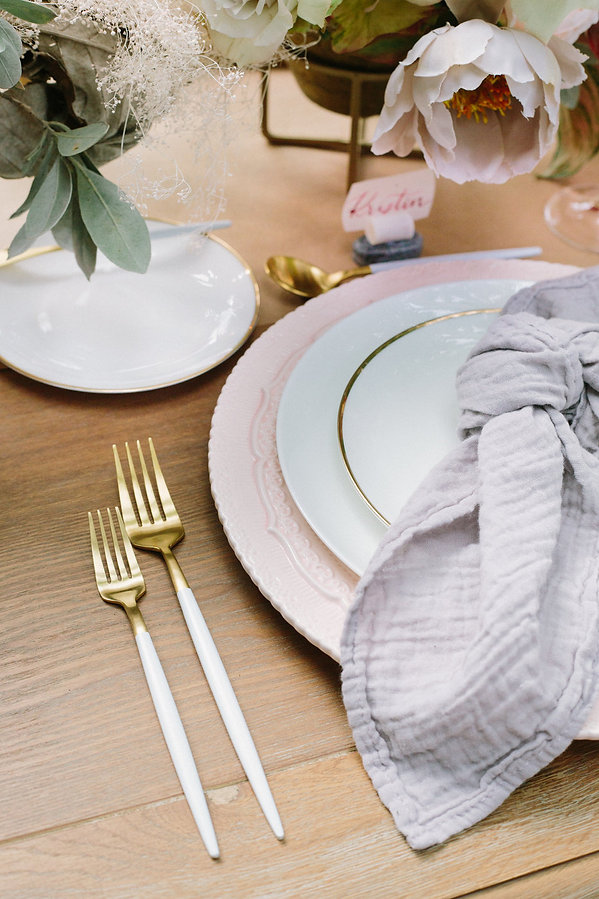 White and Gold Flatware with pink plates