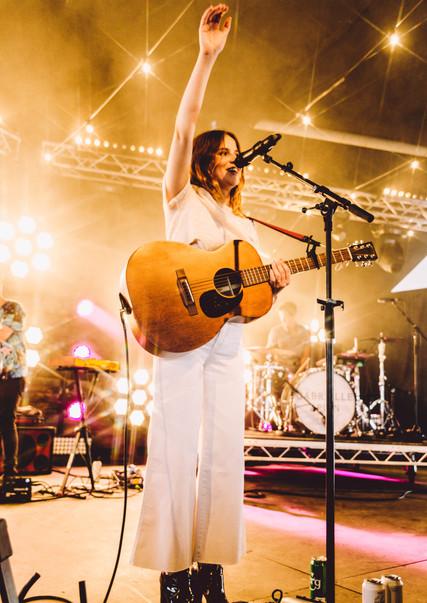 GABRIELLE APLIN, 2019