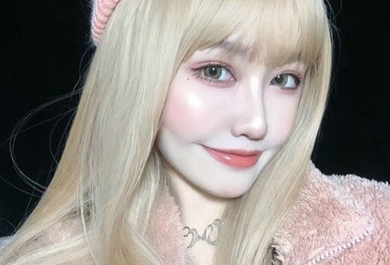 Dollie Blonde Korea Cosmetic circle lenses