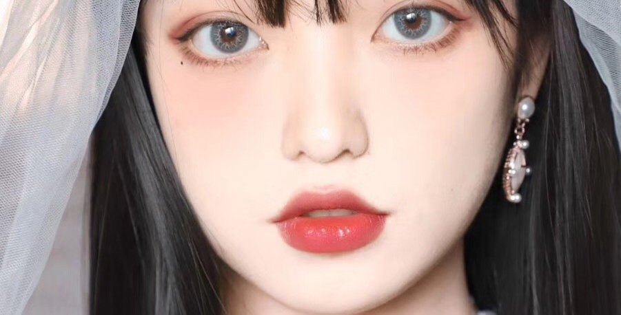 Water Lili Fresh Grey Korea Cosmetic circle lenses [Dolly eye contact lens]