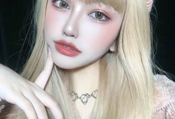 Dollie Blonde Korea Cosmetic circle lenses