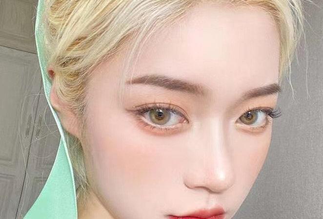 Bright Honey Contact lens -Korea Cosmetic circle lenses