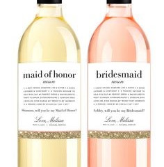"""12 ways to""""Pop the Question"""" to your bridesmaid"""