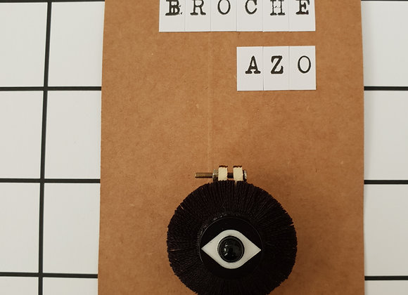 Broche Azo