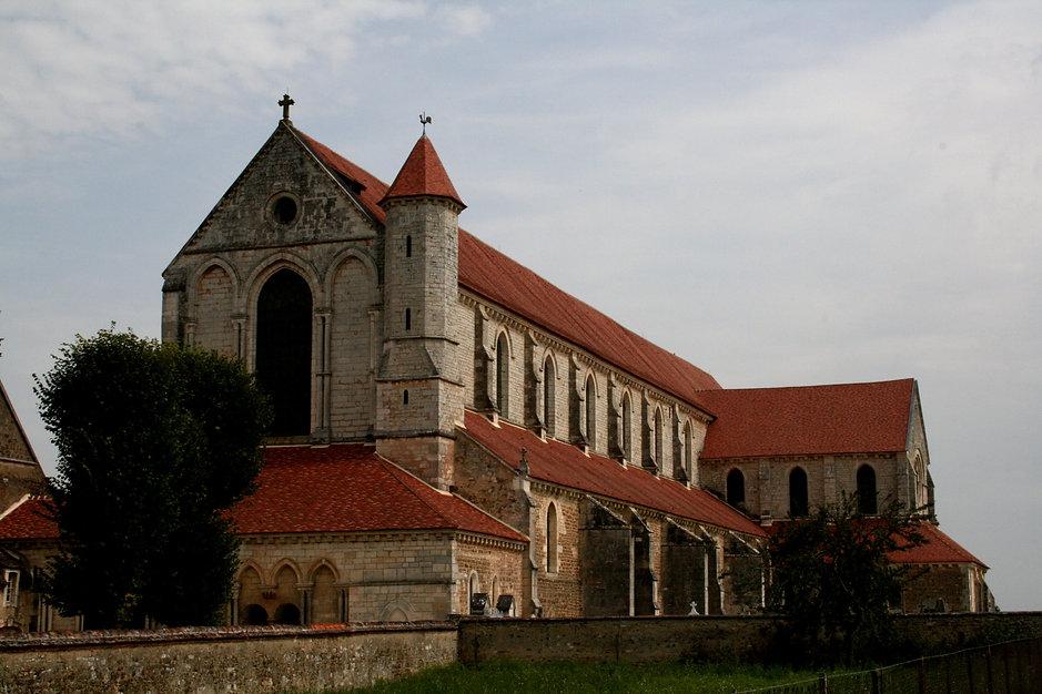 Abbaye_Pontigny.jpg