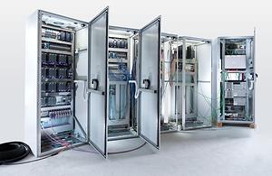 SRC Energy - Testes de Aceitação e Inspeções em Painéis