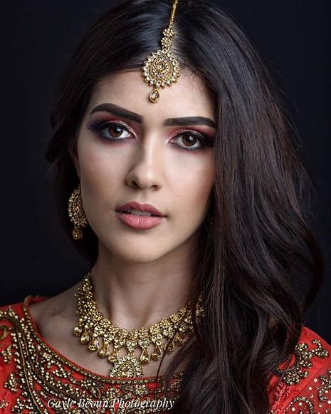 Photography and Studio - Gayle Bevan _gaylebevanphotography._Model - the gorgeous __eserree ._._Makeup look achieved using __peachesmakeup _.jpg
