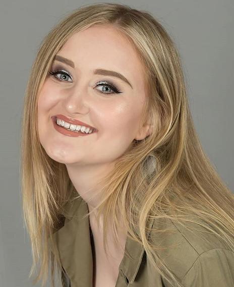 Miss Prom Staffordshire 2018 Finalist- L
