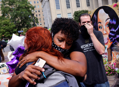Grand Jury Indicts Only One of Three Officers in Breonna Taylor Case