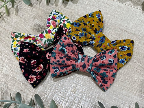 Classic Bow Prong Clips Floral