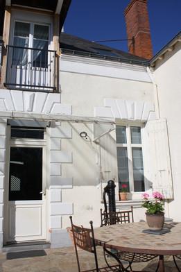 proche centre maison renovée Mazé