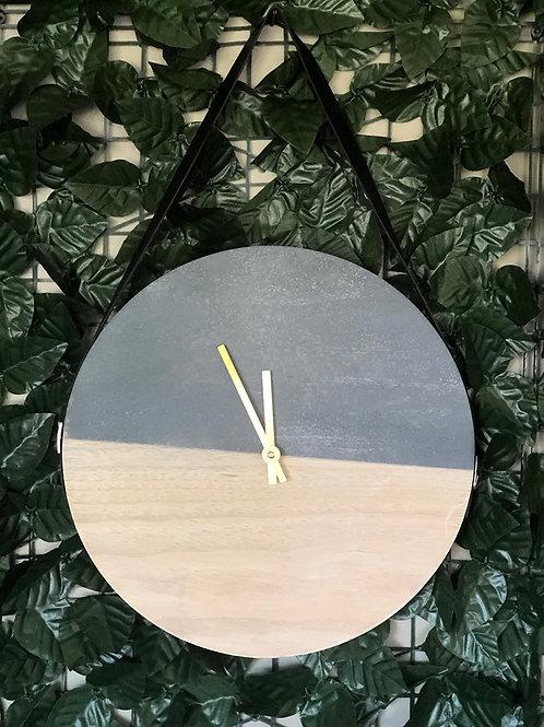 Two Tone Clock