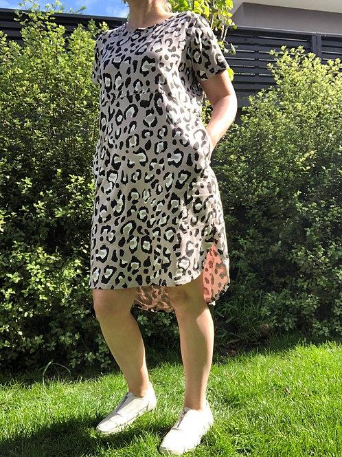 Kat Tee Dress Mocha