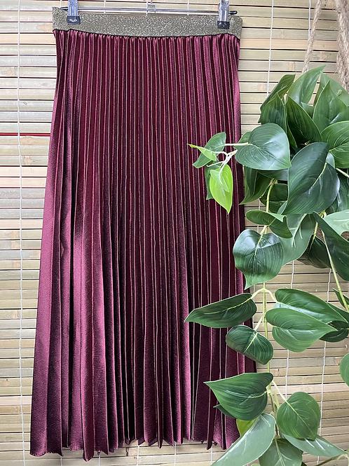 Pleat Skirt Shiraz