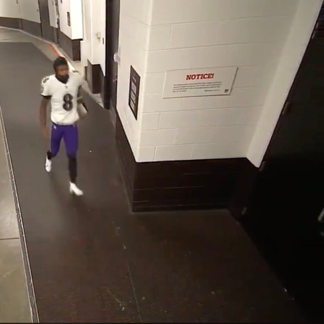 Lamar Jackson swears he didn't have to poop during Monday Night Football
