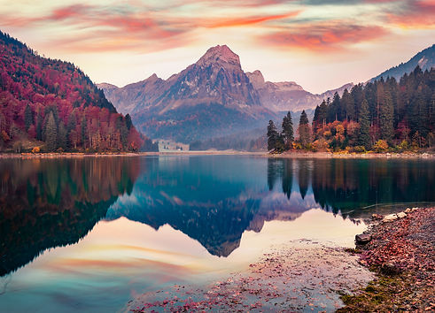 Captivating autumn view of Obersee lake,