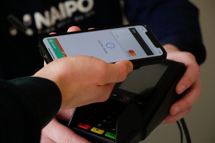 MEDZO Consultoria Financeira - Qual a diferença entre o débito e crédito
