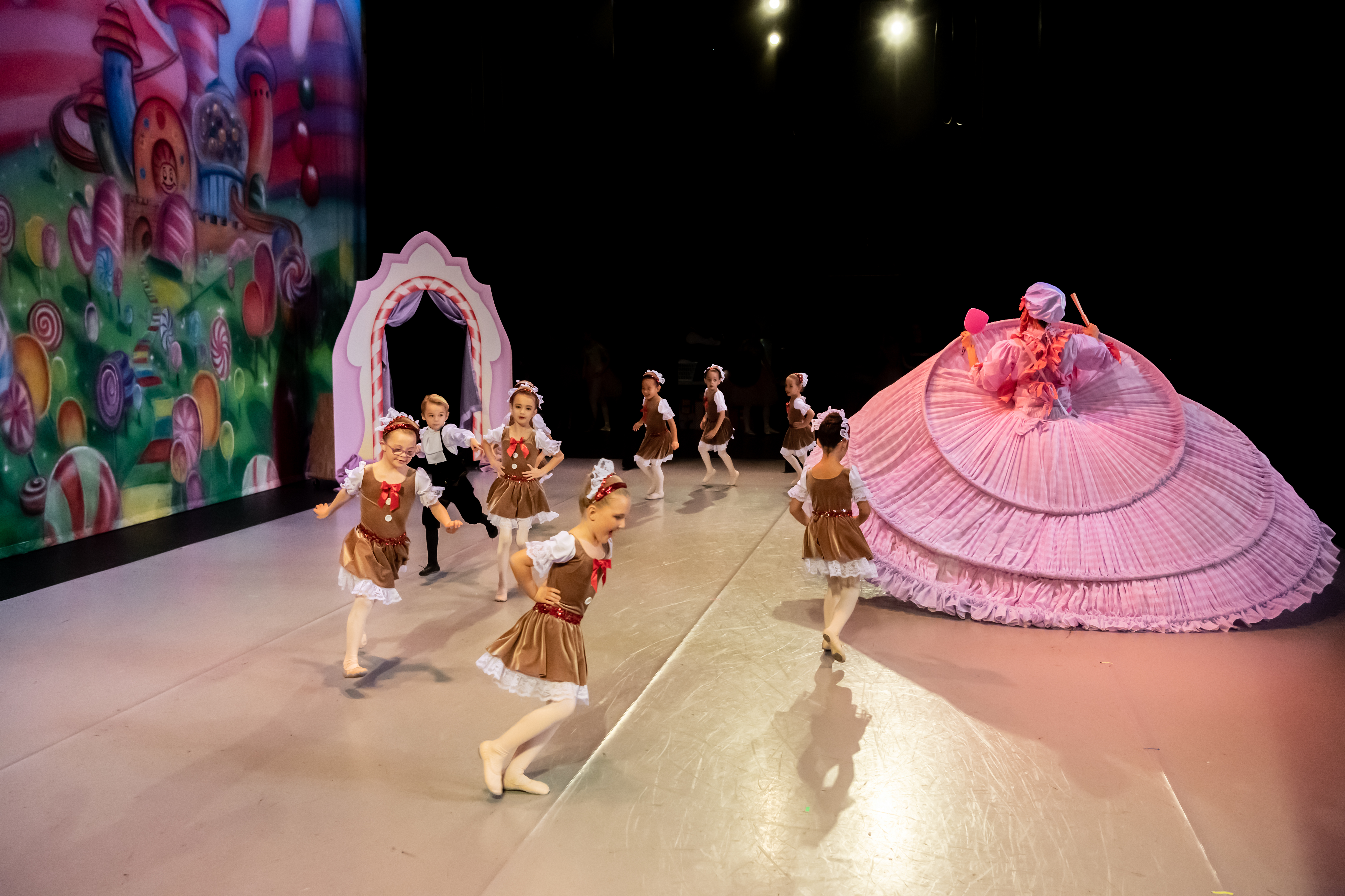 NCAD 2019 Nutcracker - Mother Ginger and