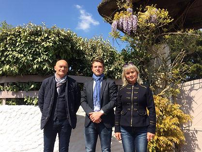 Photo de l'équipe de MCP Ma Conciergerie Privée située à Saint Jean de Monts, Notre Dame de Monts et alentours pour accompagner les propriétaires dans leur projet de location et d'entretien